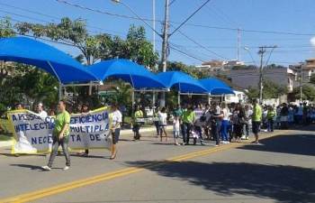 Desfile da APAE marca a Semana Nacional do Excepcional