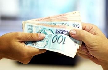 64,8% dos Consumidores querem comprar à vista no Dia dos Namorados, diz pesquisa do SPC Brasil