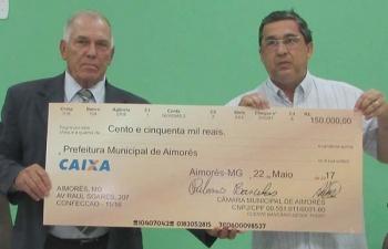 Câmara economiza nos gastos e devolve R$ 150 mil à Prefeitura