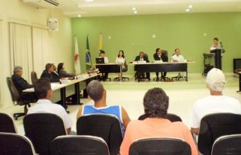 Primeiras sessões foram marcadas por debates produtivos