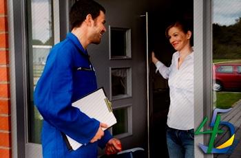 Empresas deverão informar dados do funcionário que irá executar serviço no endereço de clientes