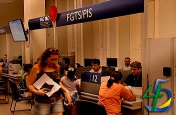 Saques do FGTS inativo já movimentaram quase R$ 14 bilhões em pagamento de dívidas