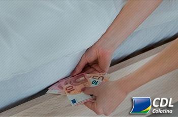 25% da população ainda guarda dinheiro na própria em casa