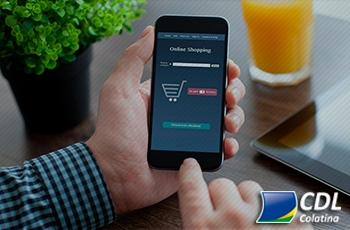 47% dos internautas só compram em loja física após pesquisarem na internet