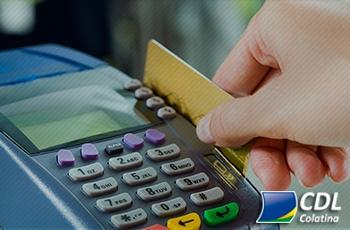 38% dos usuários de cartão tiveram limite de crédito ampliado sem solicitar