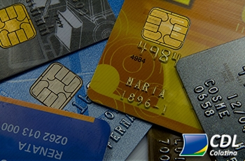 Metade dos consumidores recorreu ao crédito no mês de agosto