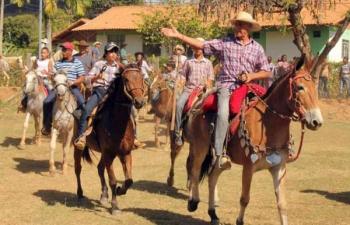 Distrito de Tabaúna realiza 4ª Festa do Leite