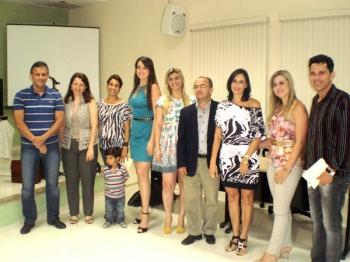 Câmara abre espaço para homenagear Dentistas que trabalham em Aimorés